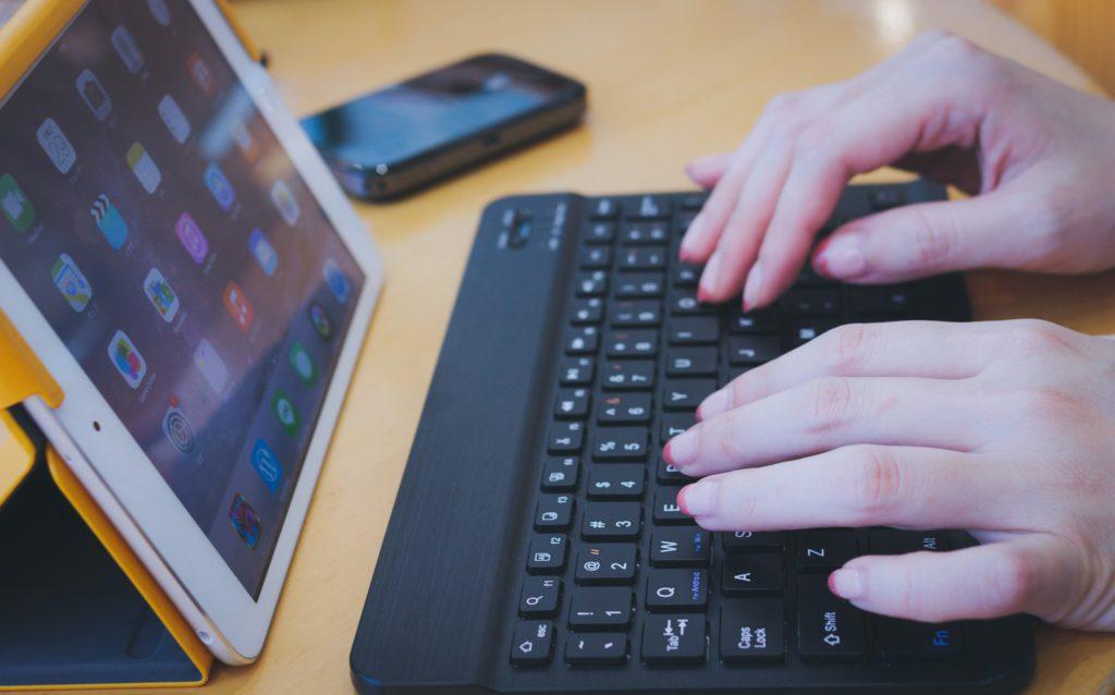 探偵のホームページや口コミサイトの見方