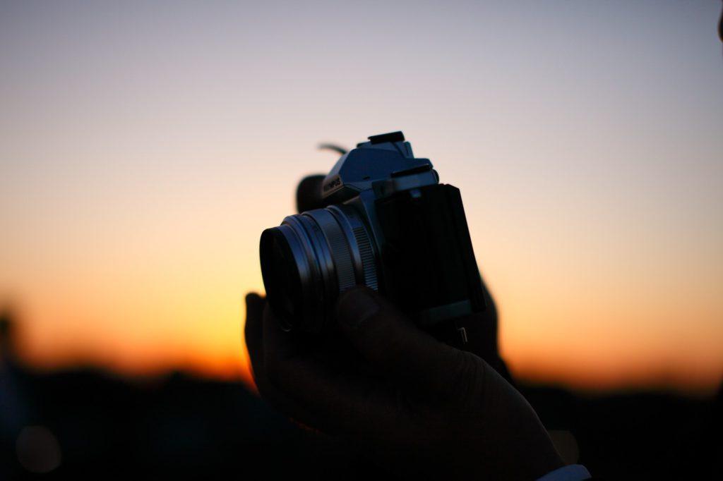 浮気の証拠撮影するためのカメラ