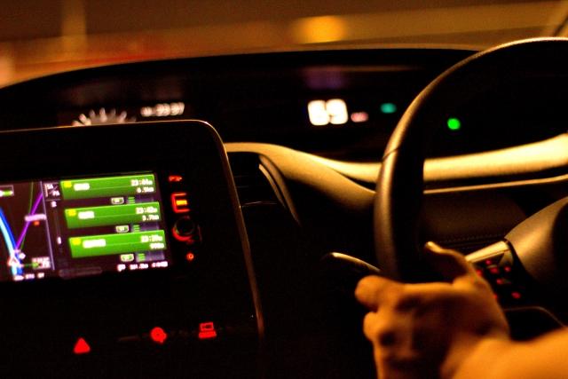 車内不倫はダブル不倫に多い!探偵が調査経験をもとに解説