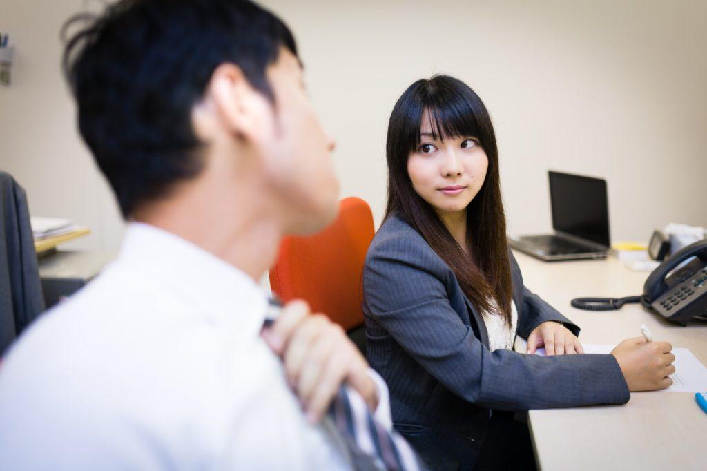 4月に新入社員入社・転勤・単身赴任などで男女の出会いが多い